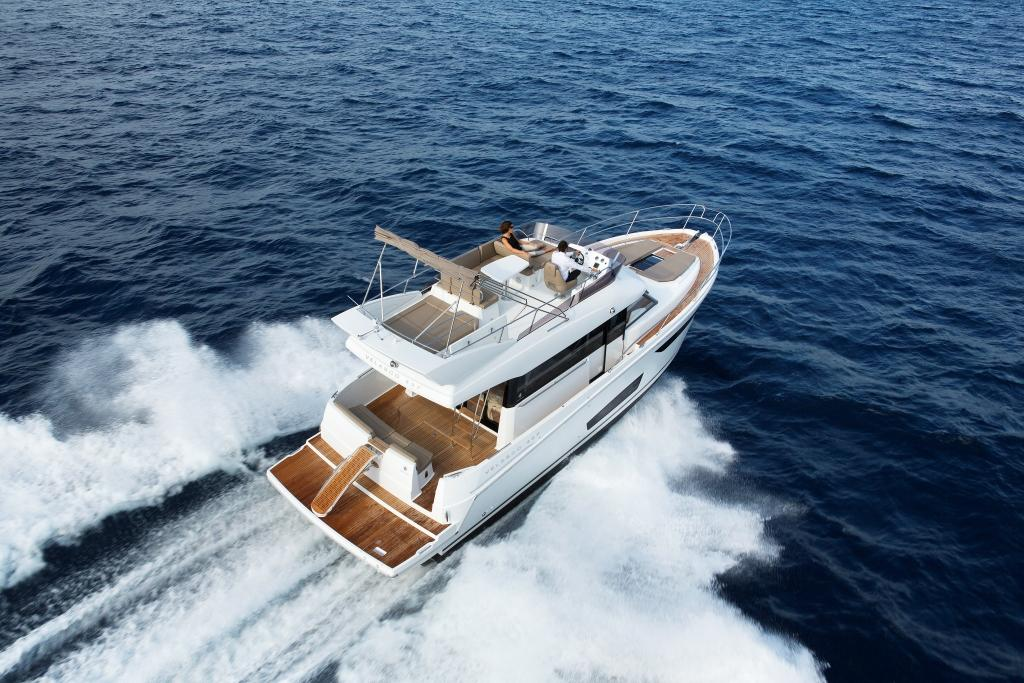 Jeanneau VELASCO 43F | 50 North Yachts