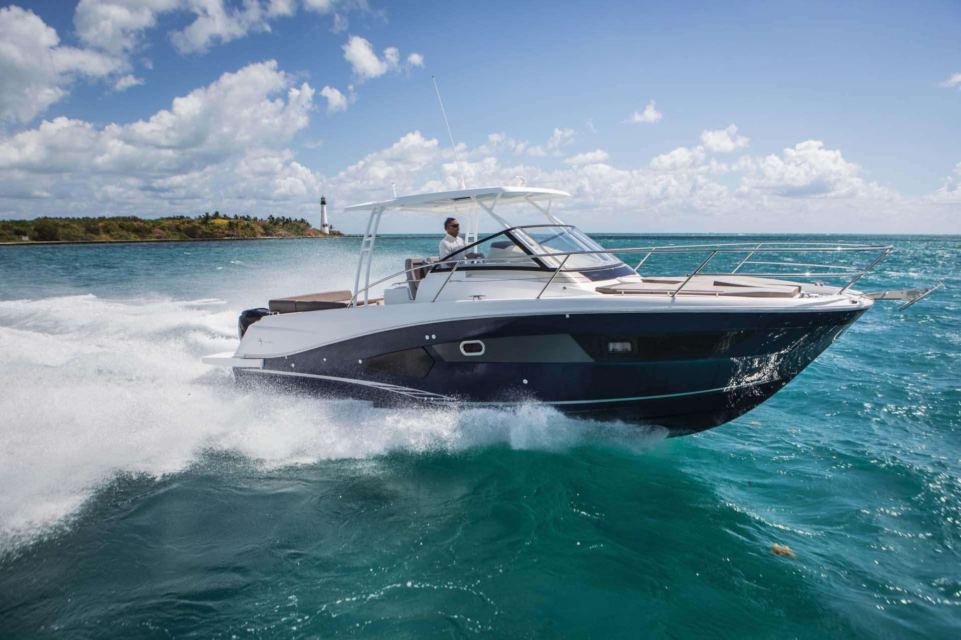 Jeanneau LEADER 10 5 | 50 North Yachts
